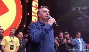 Presidente de Brasil da testimonio de su fe en Jesús en evento cristiano